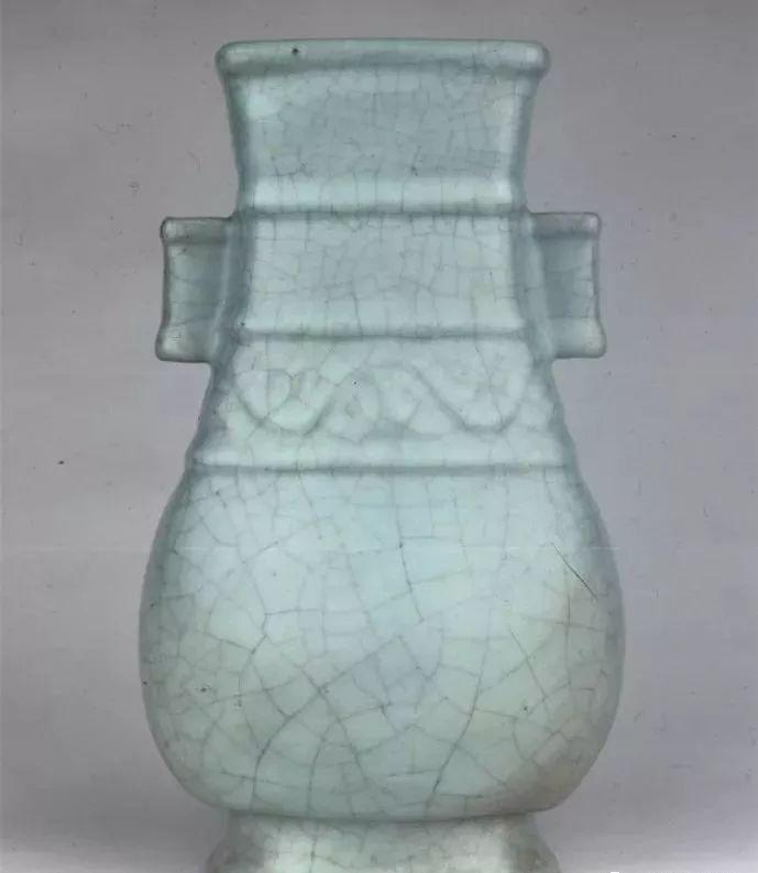 Learn about antique porcelain